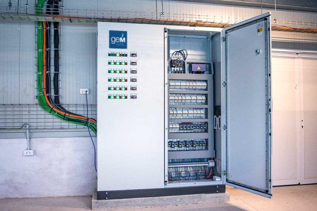 Sistemas de control y supervisión para cámaras frigoríficas. Cuadros eléctricos cámaras frías