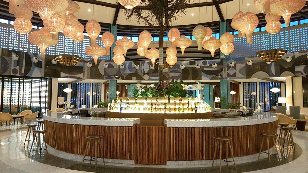 Lobby Bar H10 Ocean Riviera Paradise. México